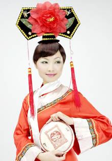 滿族傳統服飾與民居